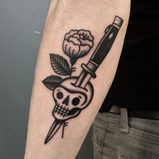knife skull tattoo