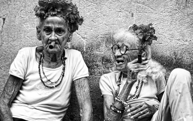 SINGLE USE ONLY - HAVANA SUBBATHERS, CUBA