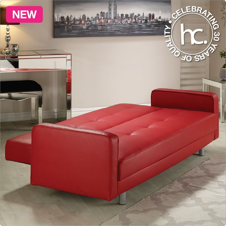 Create a contemporary look during the day, and enjoy comfort at night with the Henry sleeper couch.