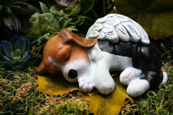 Beagle Angel Statue Dog Angel Memorial Concrete Pet Marker