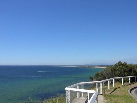 Olivers Hill, Frankston  Frankston Beach one of Port Phillip Bay's finest - via http://bit.ly/epinner
