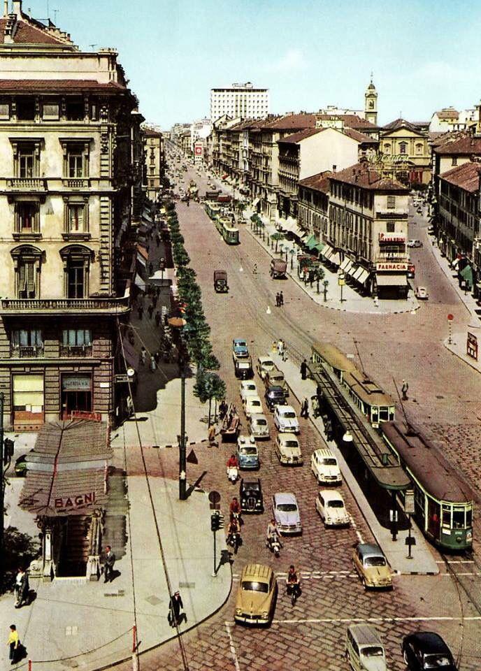 Corso Buenos Aires. In basso a sinistra l'entrata dei Bagni di Porta Venezia