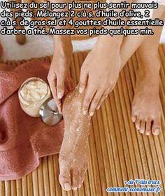 Quand vous posez vos chaussures, votre entourage s'évanouit ? Alors essayez immédiatement cette astuce ! Découvrez l'astuce ici : http://www.comment-economiser.fr/astuce-naturelle-pour-ne-plus-sentir-mauvais-des-pieds.html?utm_content=buffer2f61f&utm_medium=social&utm_source=pinterest.com&utm_campaign=buffer