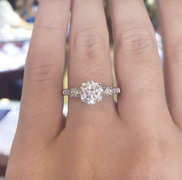 Buy Platinum Jewellery Online Malabar Gold Diamonds