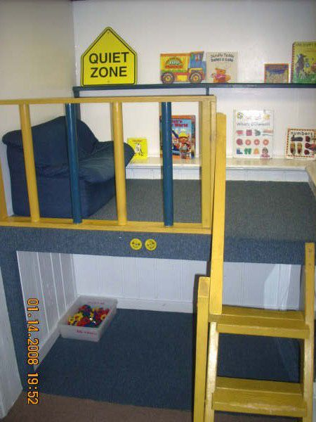 Get idea for a reading place for kids. Wish I could figure out how to put something like this in my classroom!