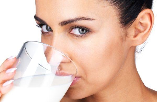 The gastrin: Έρευνα:Σοβαροί κίνδυνοι για όσους πίνουν πολύ γάλα...