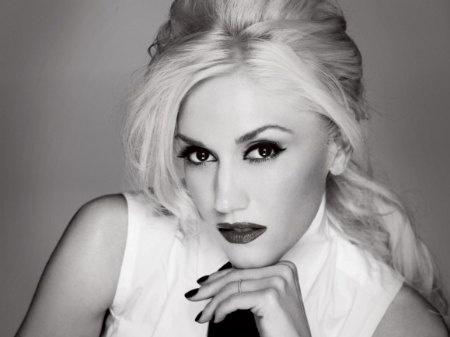 Gwen Stefani... I like her so much, she gets two pics.