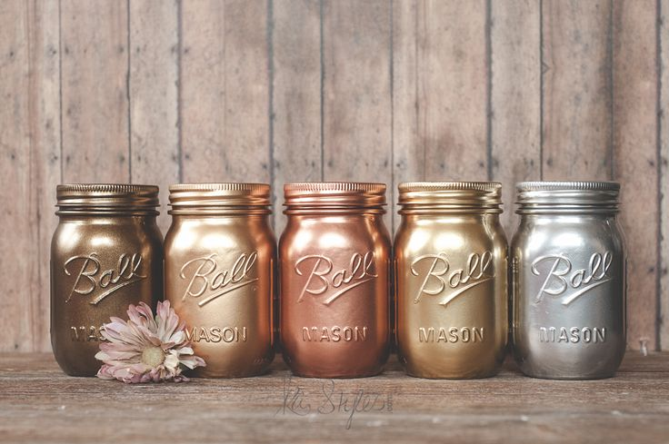 Rustoleum Metallic Spray Paints - Painted Mason Jar Decor & DIY  The first two jars are Valpar Bronze and Krylon Brilliant Gold.  The copper, yellow gold and silver are the Rustoleum.