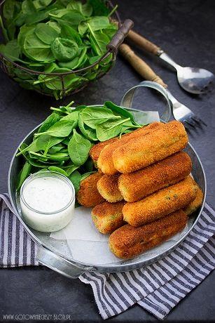Dziś mam dla Was propozycję na ciekawe danie obiadowe do którego możecie wykorzystaćpozostałe z dnia wcześniejszego ziemniaki lub resztki pieczonego kurczaka.