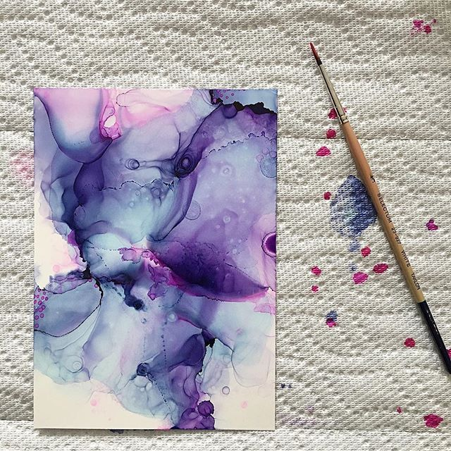 """""""Chilled Love"""" 5x7 alcohol ink on yupo. Hit me up if you'd like her ••• ••• #artist #art #alcoholink #artwork #originalart #painting #fluidartwork #flow #madeincanada #copicink #artforsale #design #decor #instaart #artistsoninstagram #abstract #contemporaryart #yyc #calgary #yycartist #yycbusiness #yycliving #artdaily #supportlocal #abstractart"""