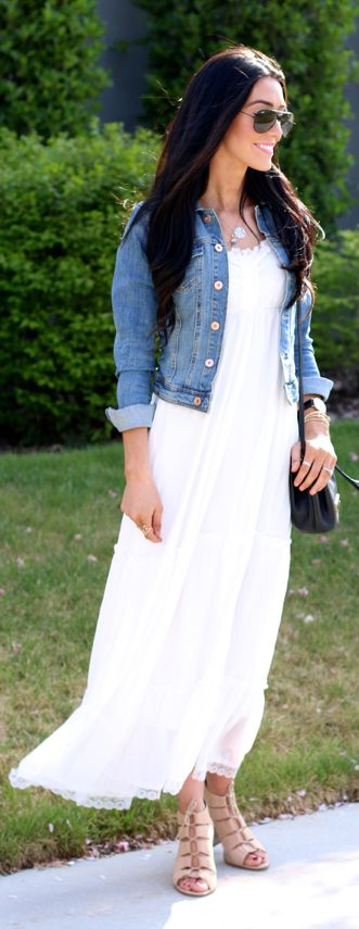 White Maxi Dress Streetstyle by The Glittering Life