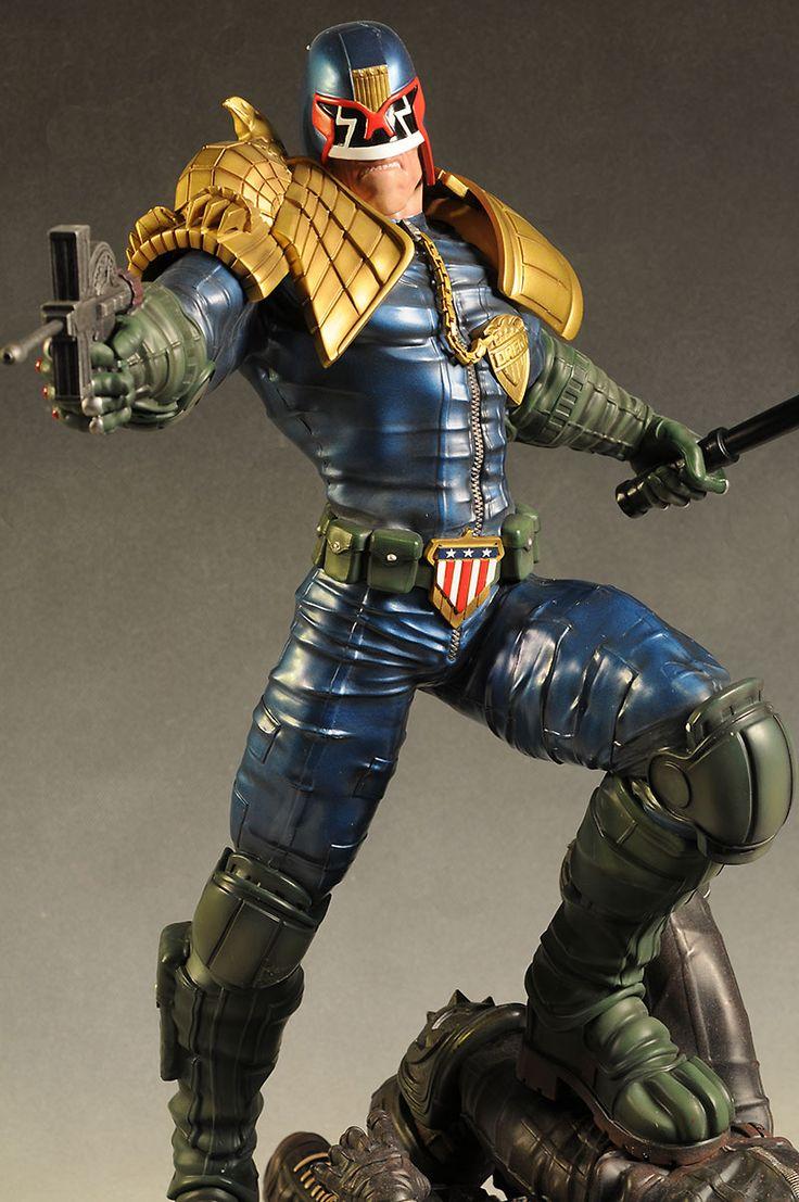 Judge Dredd statue by Pop Culture Shock