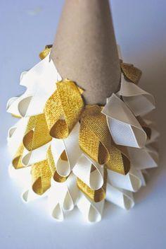 Easy Christmas Craft Ideas: Ribbon Trees.                                                                                                                                                                                 More