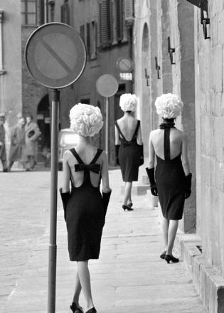 Photo: Norman Parkinson.