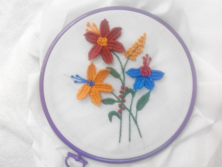 Hand Embroidery - Woven Picot and Knot Stitch - YouTube