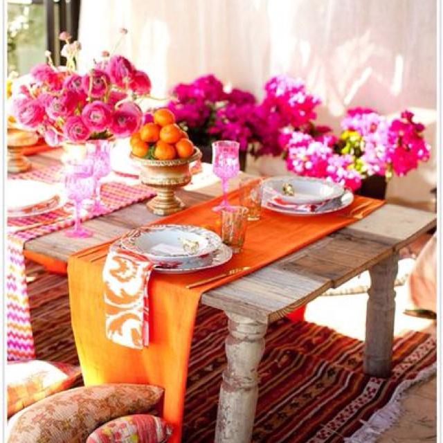 Pretty summer tablescape