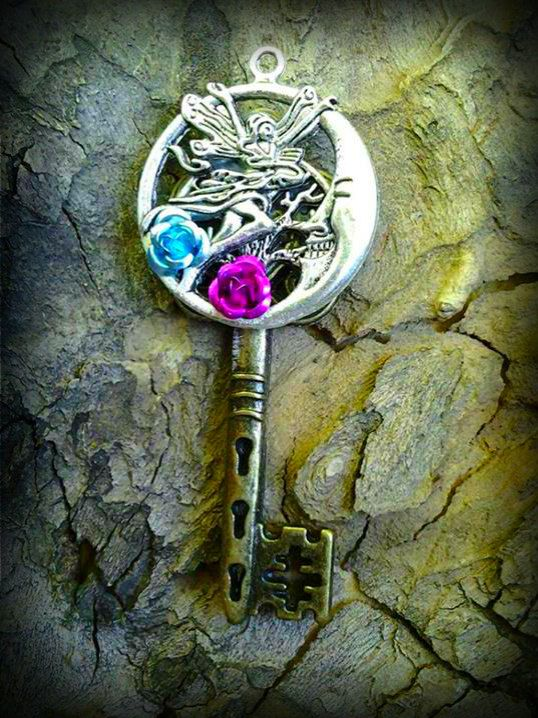Moonlight Fairy Fantasy Key by ArtbyStarlaMoore on Etsy, $15.00