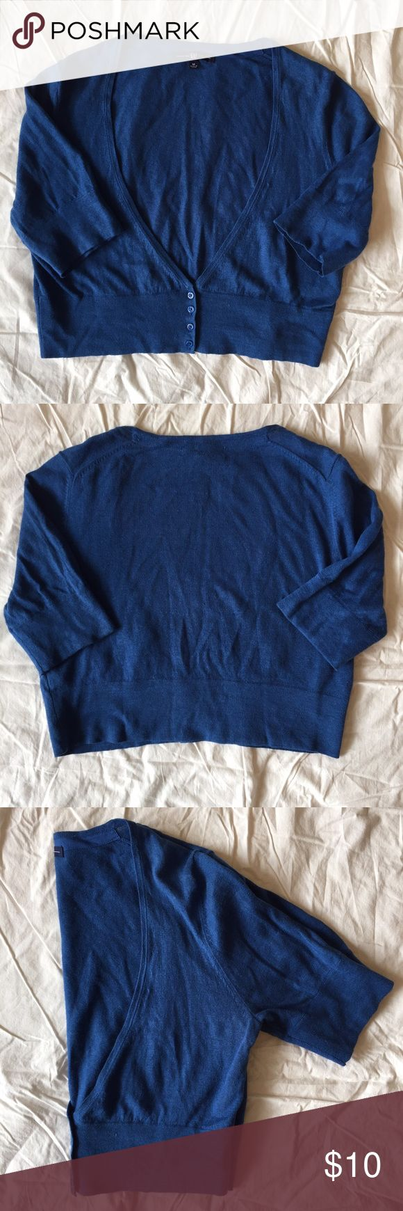 .GAP. Royal blue cropped cardigan GAP royal blue cardigan, EUC with short sleeves. Cropped, sitting at about the waist. V-neck. Size M. Pair this with a cute skirt for work or a cami and jeans for home. GAP Sweaters Cardigans