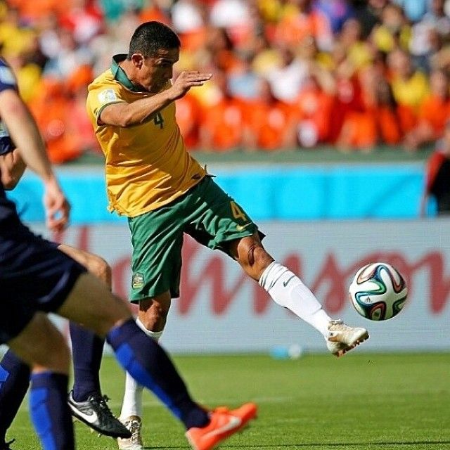 Insane goal by Tim Cahill making it 1-1! (Video coming soon)