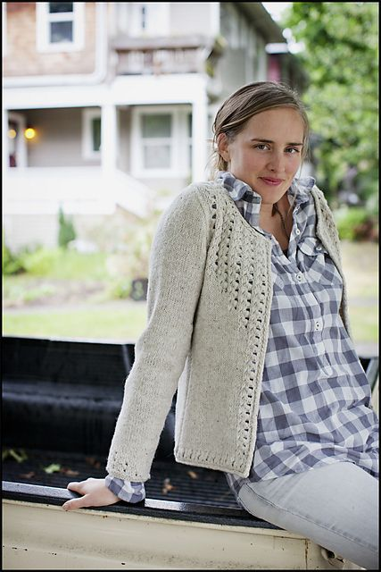Knitted cardigan.