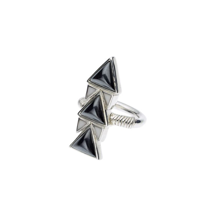 PUSHMATAAHA // SPEARHEAD RING in Hematite and White Agate with 925 Sterling Silver