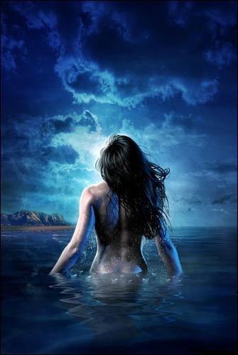 Thetis - deusa do mar bonita, como uma ninfa, ela também se  transforma em formas elementares e de animais.