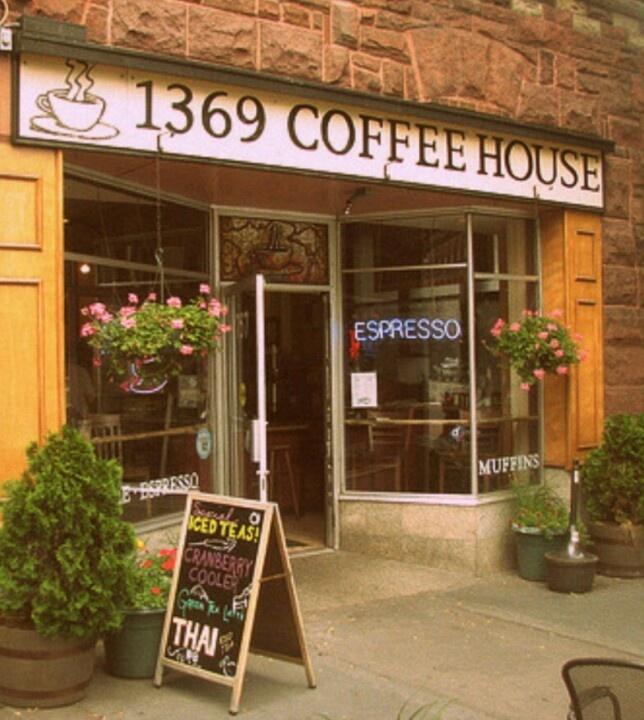 Coffee shop in Boston♥