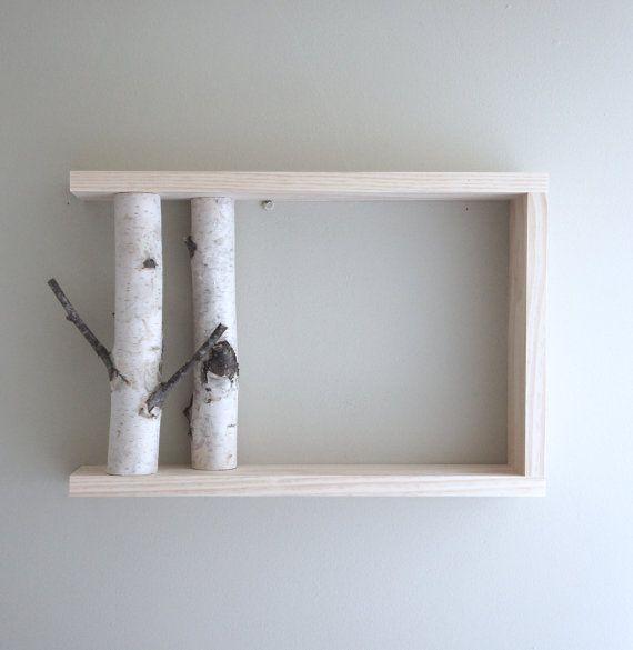 De witte berk bos muur kunst/plank bestaat uit Maine witte berken en dennen frame. U kunt laten vrijstaande of hangen aan de muur. Twee