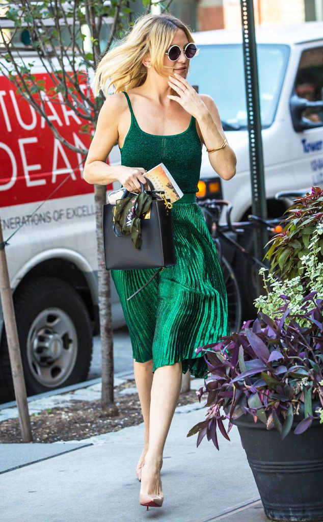 Kate Hudson from The Big Picture: Today's Hot Pics  The star makes it easy being green while out and about in Manhattan. Love Kate's style, and this color is Fantastic on her!