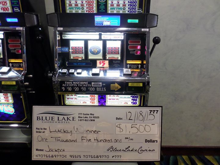 #jackpotalert Congratulations to this Lucky Winner of $1500 on a Diamond Pays machine!