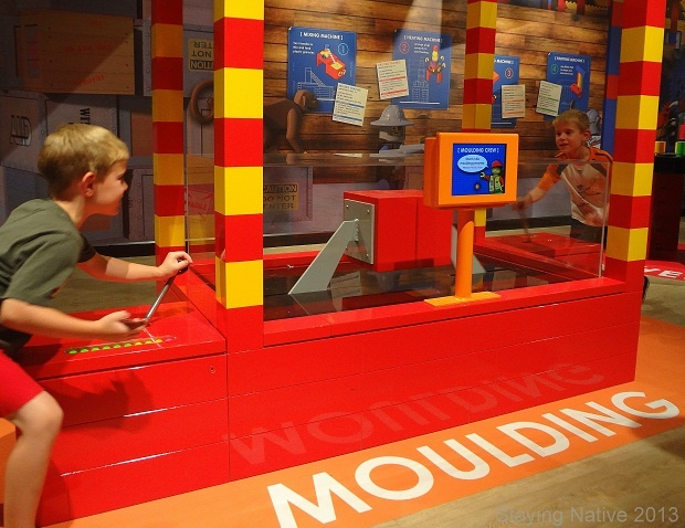 LEGOLAND Discovery Centre Vaughan Mills - Learning how LEGO is made.