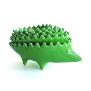 Set Of Nesting Hedgehog Dishes now featured on Fab.