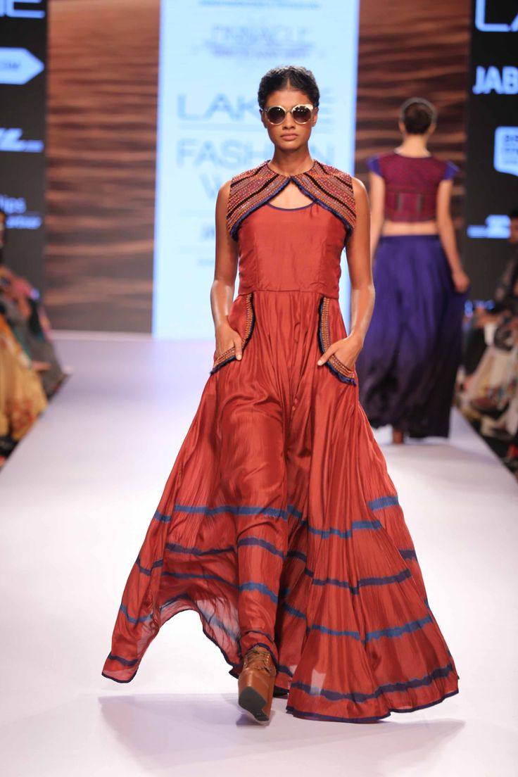 Pinnacle by Shruti Sancheti was a show stealer at Lakme Fashion Week Summer Resort'15! #JabongLFW
