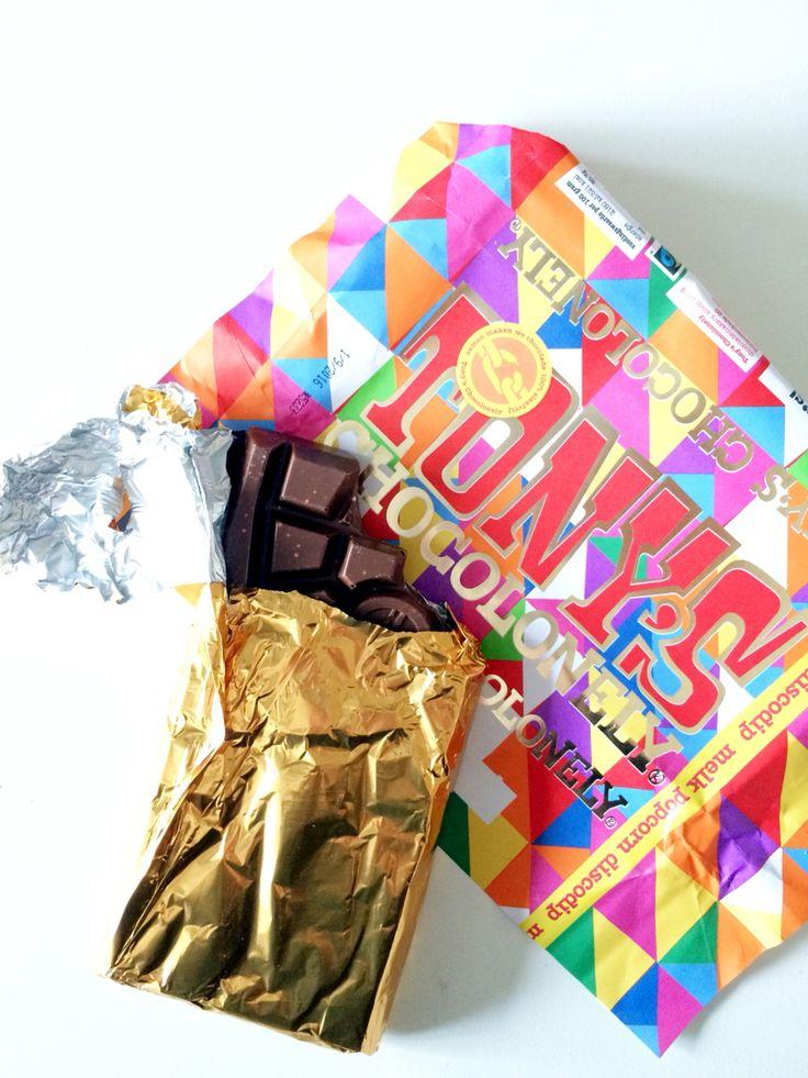 Limited edition Tony Chocolonely chocolat • instagram Roosvdb