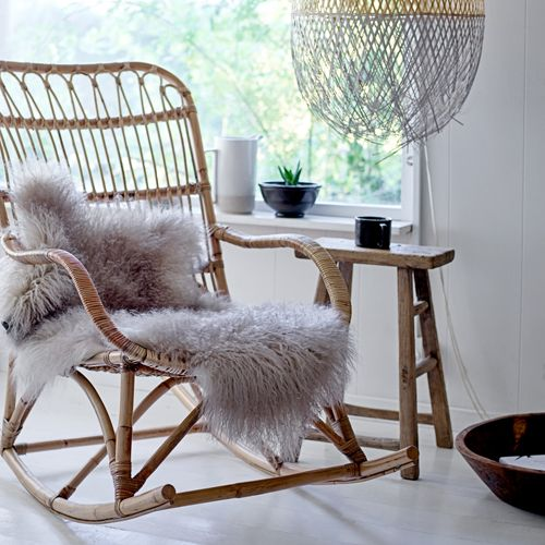 Les 25 meilleures id es concernant vintage rocking chair for Rocking chair chambre bebe