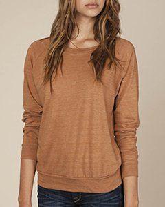How To Dress Broad Shoulders. Raglan style shirt
