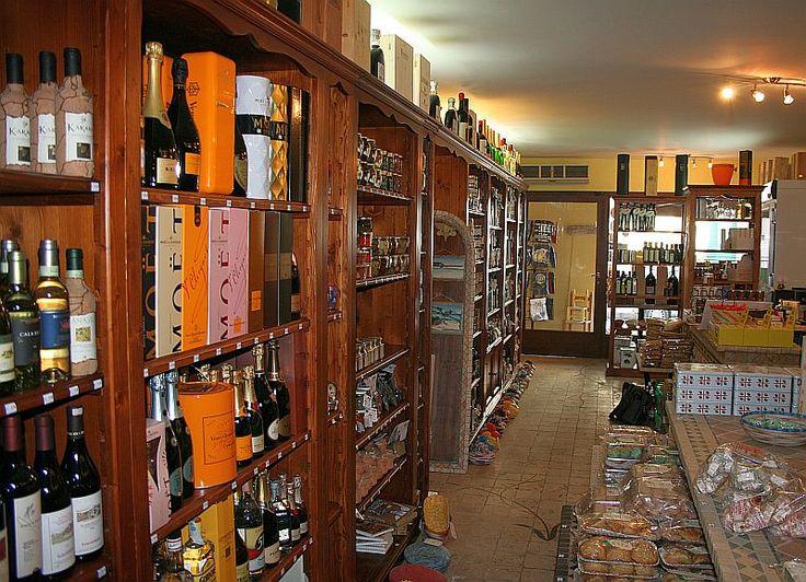 #Typical food products of Sardinia #artigianato della Sardegna #Enoteca #Wine shop #Vini #Bottiglieria #Spumanti #Champagne #Food #Pane Carasau