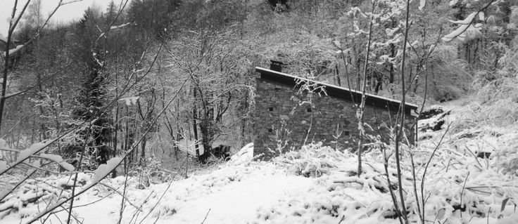 CASA E+V+A by Alfredo Vanotti #Architecture#italy#snow#House#Mountain#Fantastic