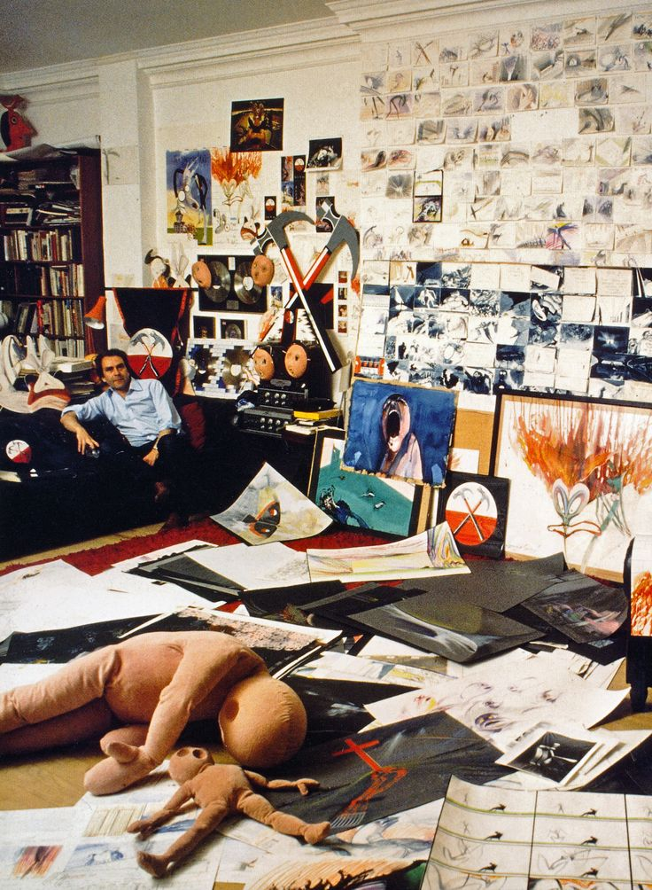 http://www.ononeonline.com Gerald Scarfe surrounded by his artwork for Pink Floyd The Wall