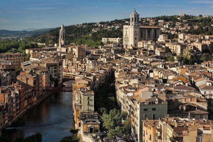 Odkryj piękno hiszpańskich miast: Girona - http://phototravel.pl/odkryj-piekno-hiszpanskich-miast-girona.html
