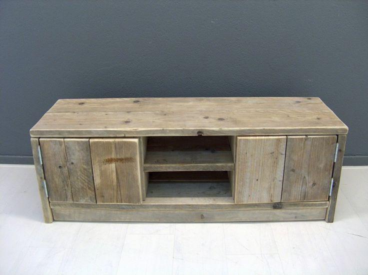 Tv meubel van steigerhout met 2 deurtjes en schapjes (22131538) | TV meubels Salontafels | JORG`S Houten Meubelen #home #decor