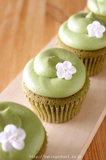 recipe: easy green tea cupcakes [9]