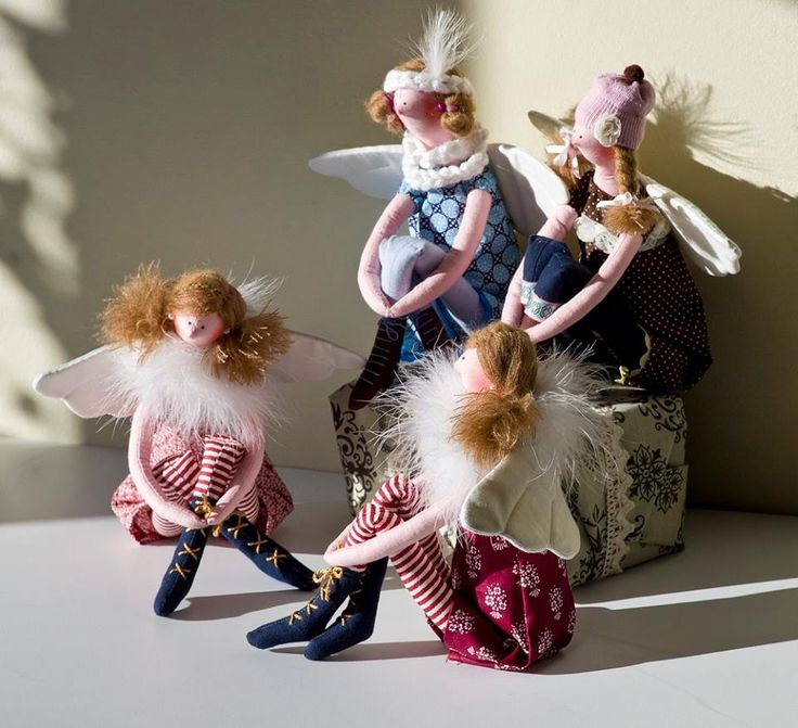 Töprengő angyalkák csoportja