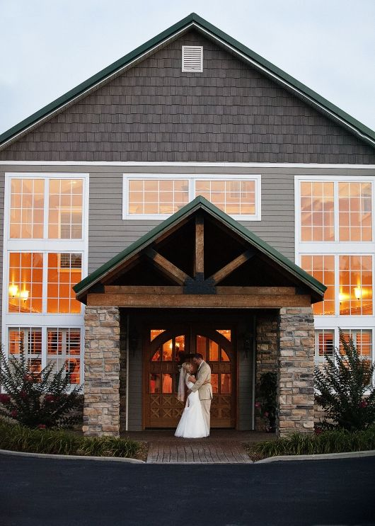 The Barn at RedGate in Somerset, Kentucky l Wedding ...