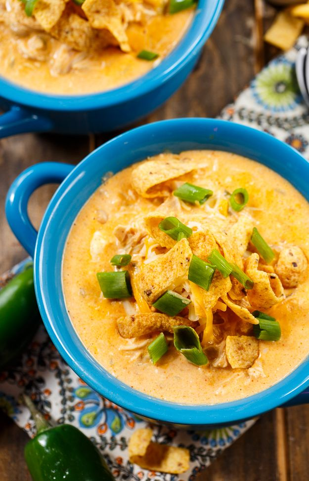 Take a peek inside the recipe book of the Spicy Southern Kitchen with this recipe for Slow Cooker White Chicken Chili. #CrockPot