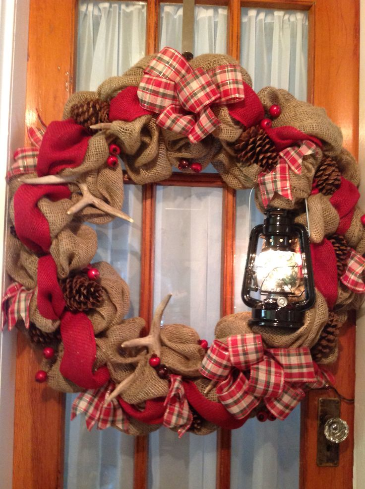 36 burlap wreath with antlers pine cones lantern with for Burlap wreath with lights