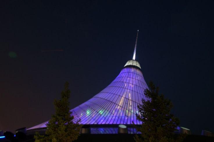 Khan Shatyr at night  #astana #khan_shatyr