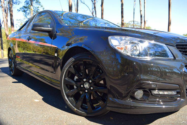 2015 Holden Sandman www.villageholdenpetrie.com.au www.villageholdenredcliffe.com.au