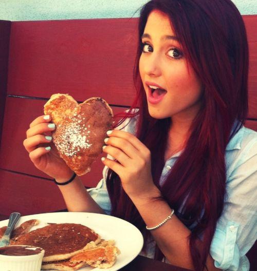 Ariana Grande eating heart pancakes :))) <3