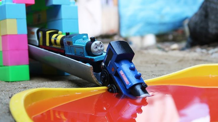 Thomas And Friends Trains Toy Learn Colours | Learn Colors For Kids | Videos For Children | Bored Panda
